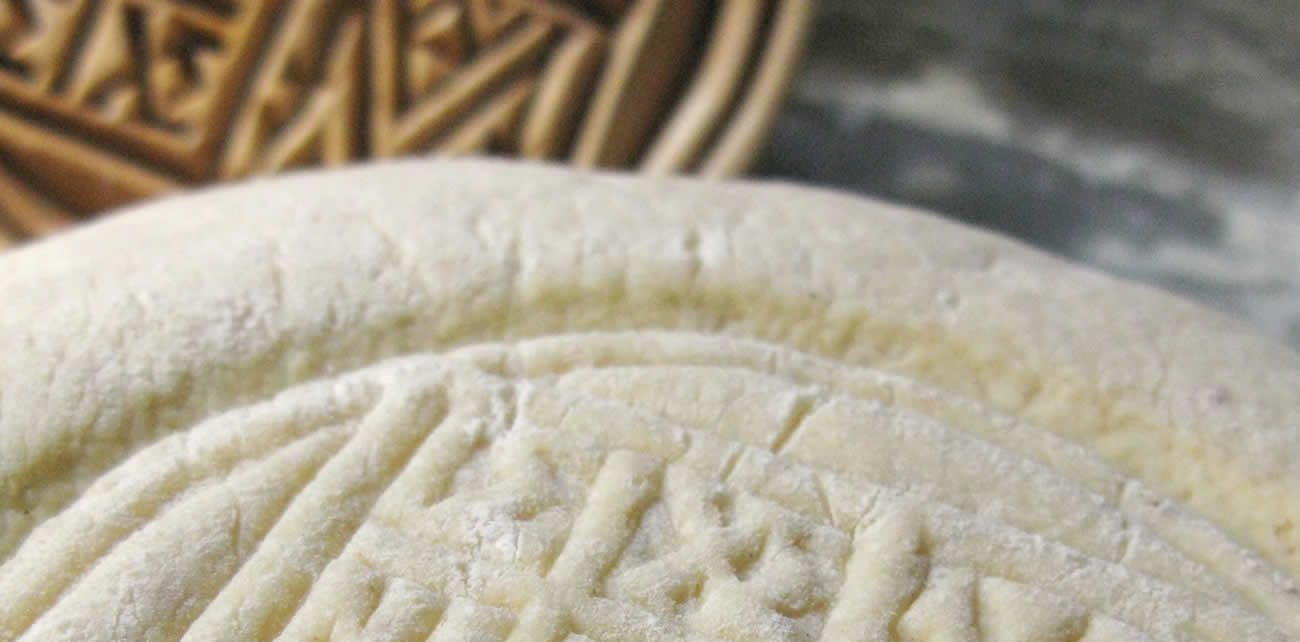 tinos traditional bread